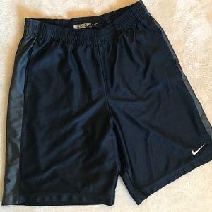 NIKE Basketball Shorts Size Large Black w/Pockets